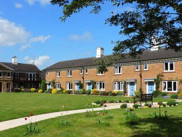 Retirement cottages at Malthouse Court